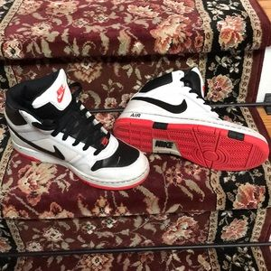 Nike Air High Top basketball shoes US 10